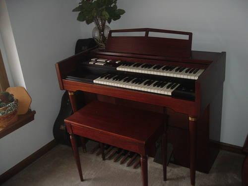 Used Electric Organ For Sale : electric organ lowrey for sale in columbus ohio classified ~ Hamham.info Haus und Dekorationen