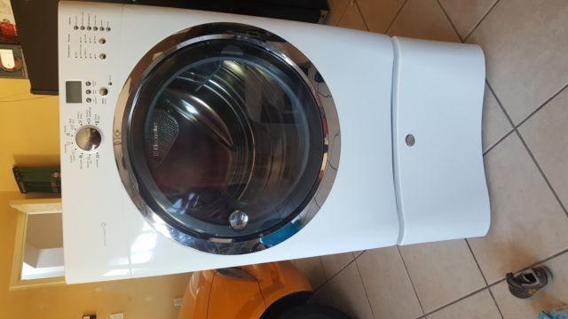 Electrolux Steam Dryer 8.0 Cubic Foot With Base Cabinet