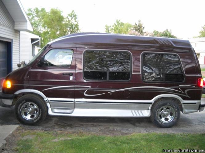 Elk Conversion Van 2003 Dodge For Sale In Holly Michigan