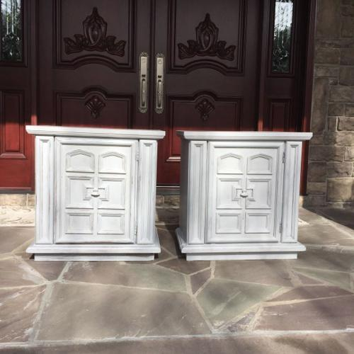 End tables (2) 85.