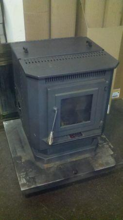 Used Pellet Stoves For Sale >> England Stove Works Pellet Stove Used 595