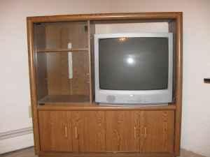 Entertainment Center - $100 (Pueblo)