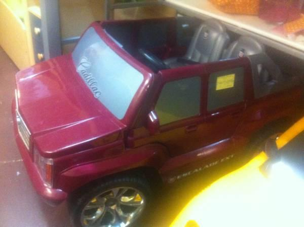 Escalade Power Wheels - $200