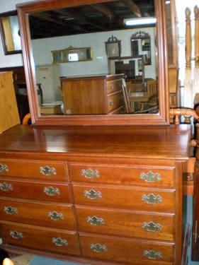 Ethan Allen 3 Piece Cherry Bedroom Suite For Sale In