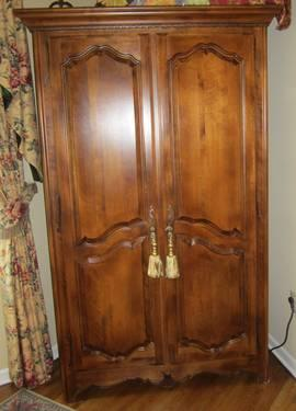 Beau Ethan Allen Armoire Country French Style