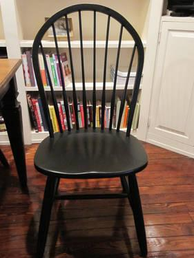 Ethan Allen Avery Dining Table And Gilbert Dining Chairs