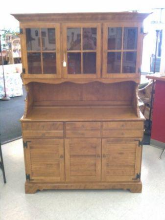 Ethan Allen Buffet Hutch Holland For Sale In Holland Michigan Classified