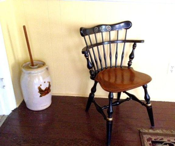 Ethan Allen Chair Windsor Comb Back Stenciled Antique Side