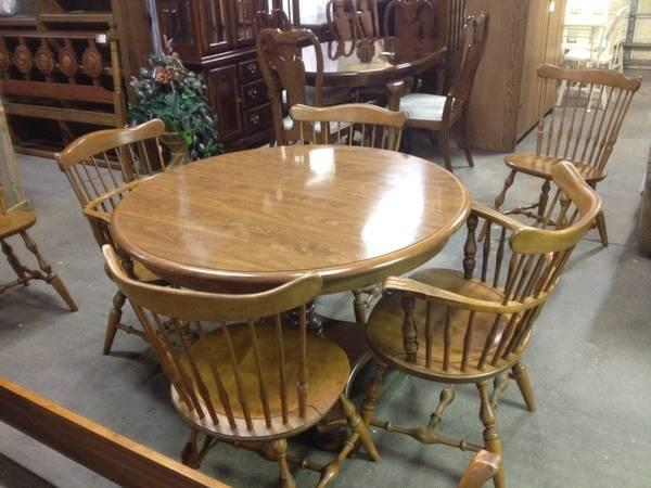 Ethan Allen Maple Dining Table Chairs