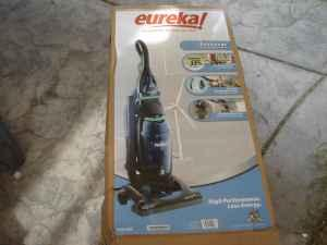 Eureka Envirovac Bagless Vacuum Cleaner Brand New