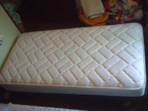European Style Twin Platform Bed - $195 (Fairbanks)
