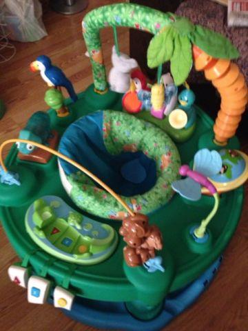 Evenflo Exersaucer Triple Fun, Animal Planet