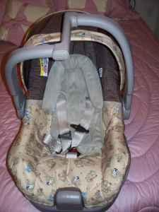 f47995e60a3 Evenflo infant carseat - (Anchorage) for Sale in Anchorage