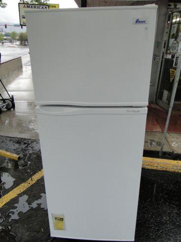 EWAVE EWR121W Refrigerator Fridge Top Bottom Apartment Dorm Size for ...