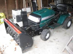 Excellent 16.5 Ranch King tractor w42 snowblower - $1200 Flint