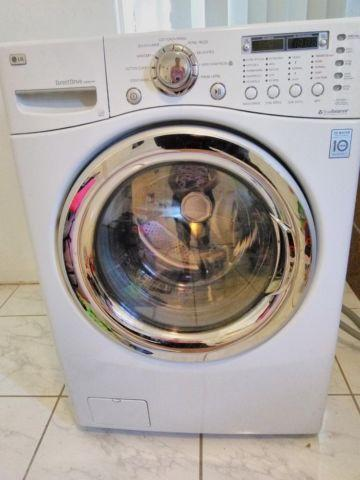 excellent condition lg washer dryer combo, all in one unit