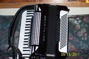 excelsior accordion with midi system sound module amp up michigan for sale in wausau. Black Bedroom Furniture Sets. Home Design Ideas