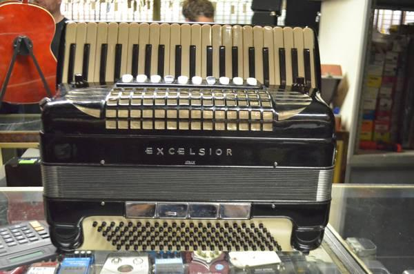 Excelsior Full Size Pro Accordion Model 914 Made in Italy - $4000