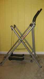 Exercise Machine -Tony Littles Gazelle Edge Glider - $49 Newington, CT