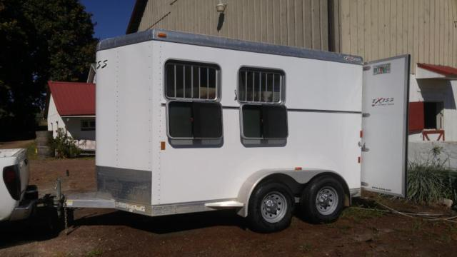 Express 2 Horse 3500 Pounds All Axle 2011 Exiss By