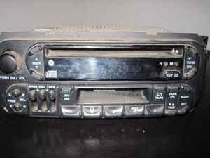 factory radio cd cassette players for dodge and hyundai springfield for sale in springfield. Black Bedroom Furniture Sets. Home Design Ideas