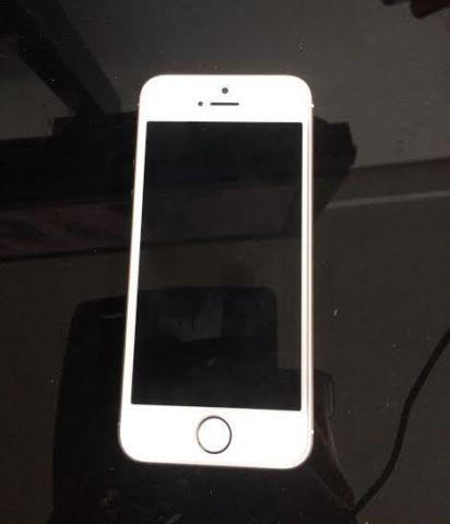 Factory Unlocked iPhone 5S GOLD 32gb GREAT CONDITION
