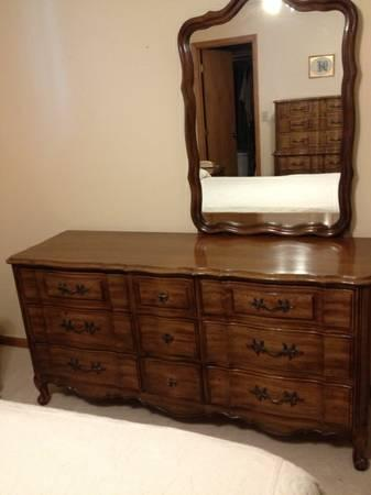 Fantastic 6 Piece Thomasville Bedroom Set For Sale In Albany