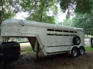 Featherlite/Econolite Horse Trailer - $6000 (Dade City)