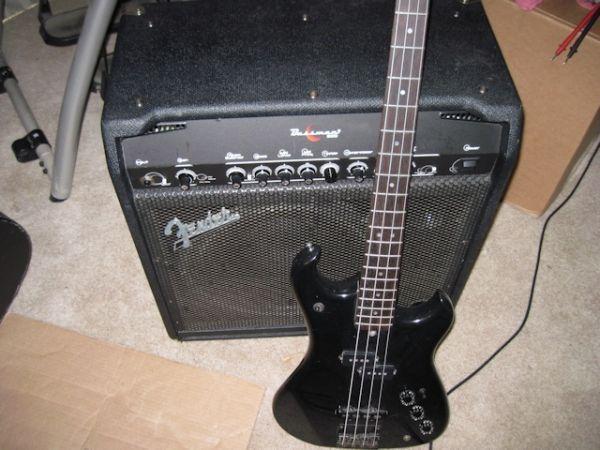 Fender Bassman 200 combo Electra Bass - $399 (Newburgh)