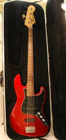 Fender Candy Apple Red Squier Jazz Bass Electric Guitar with Hard Case - $220