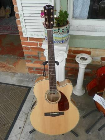 Fender CJ 290SCE Jumbo Cutaway Acoustic-Electric Guitar