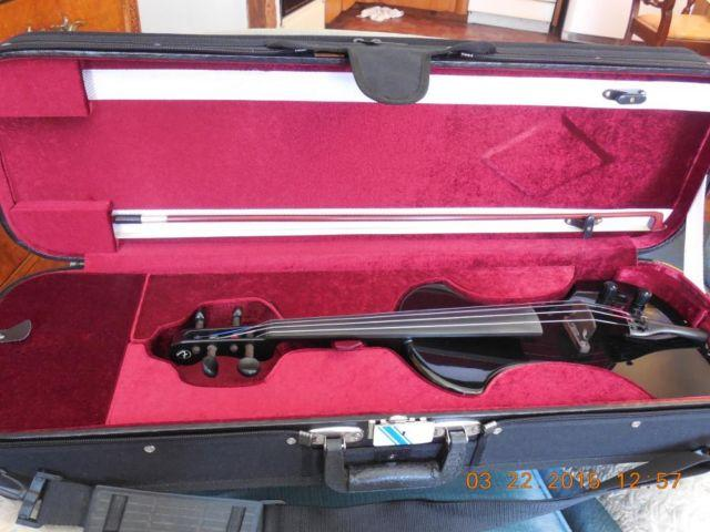 fender electric violin black w hard shell case for sale in nashua new hampshire classified. Black Bedroom Furniture Sets. Home Design Ideas
