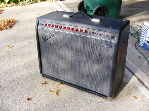 Fender Princeton chorus amp - for Sale in Appleton, Wisconsin