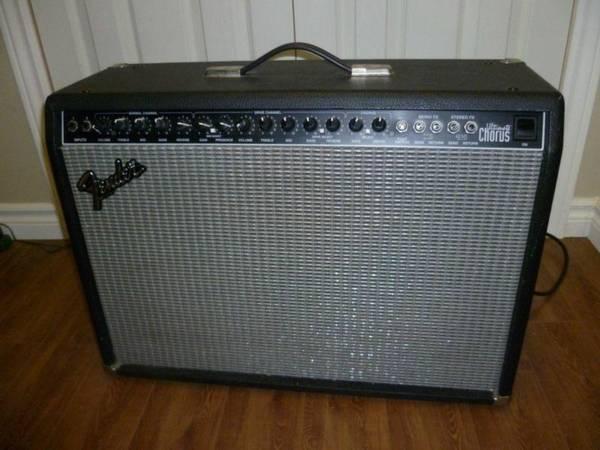 Fender Ultimate Chorus - $200