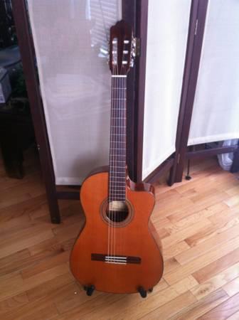 Fernandez Granada Esteve Classical Guitar - $800