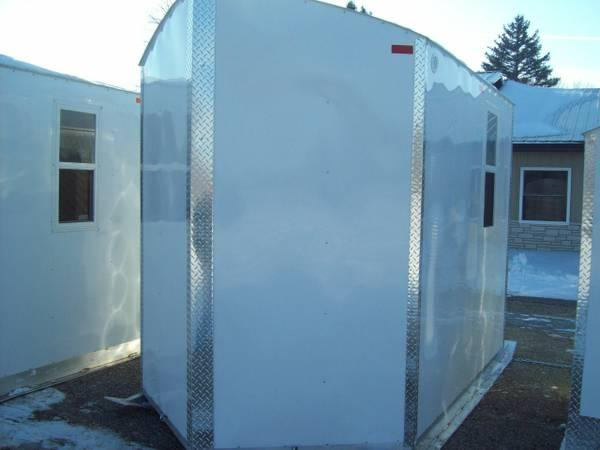 Fish house aluma lite skid house for sale in mankato for Fish house for sale mn