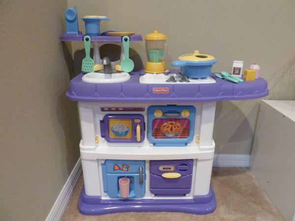 Fisher Price Grow With Me Kitchen Set