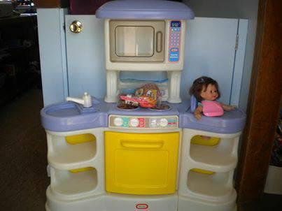 FISHER PRICE KITCHEN COOK U0026 CARE WITH BABY DOLL **