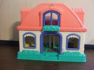Fisher Price Little People Sweet Sounds Doll House ...