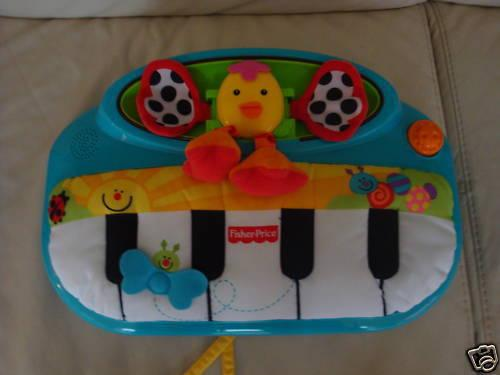 Fisher Price Peek A Boo Piano Crib Play Toy Uec For Sale In