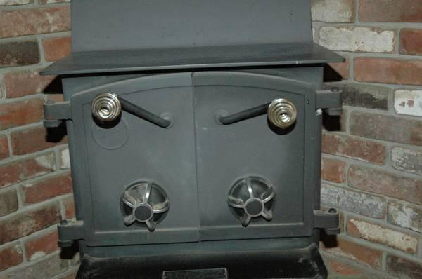 Fisher wood stove Honey Bear