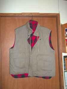 fishing vest - $10 (snow camp-liberty)