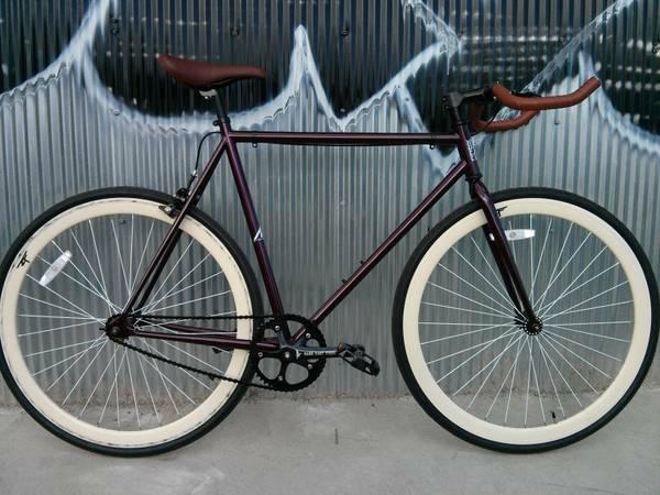 Fixed Gear Single Speed Road Bike