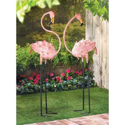 Flamingo Garden Stakes, Statues