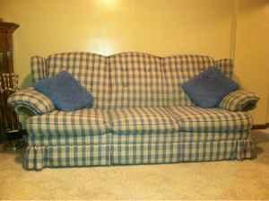 Flexsteel Country Blue / White Plaid Sofa 86