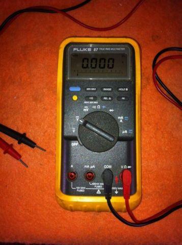 Fluke 87 Multimeter  Amprobe