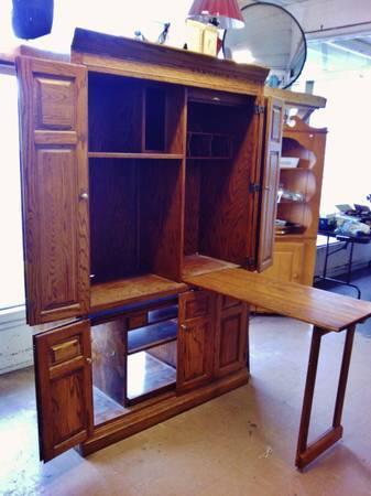 Fold Out Desk Cabinet Eugene Liquidators For Sale In Eugene Oregon Classified