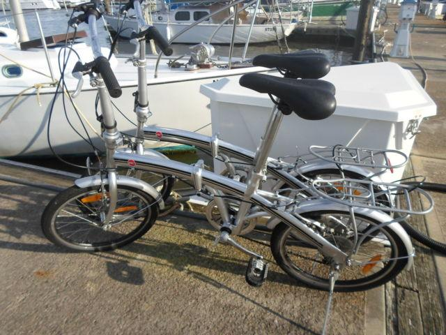 Foldable bikes. Shimano 6 speed gears (near MINT