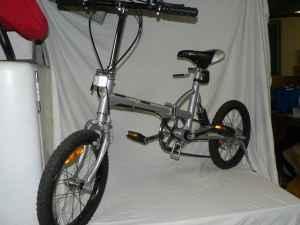 folding z bike peoria il for sale in peoria illinois classified. Black Bedroom Furniture Sets. Home Design Ideas