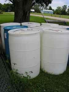 food grade 55 gallon plastic barrels / washed and ready